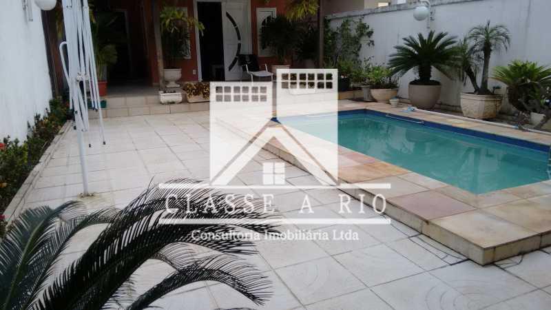03 - Anil-Casa condominio, 4 quartos, 2 suites, Armários, Lazer, 4 vagas garagem - FRCN40018 - 6