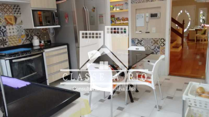 013 - Anil-Casa condominio, 4 quartos, 2 suites, Armários, Lazer, 4 vagas garagem - FRCN40018 - 14