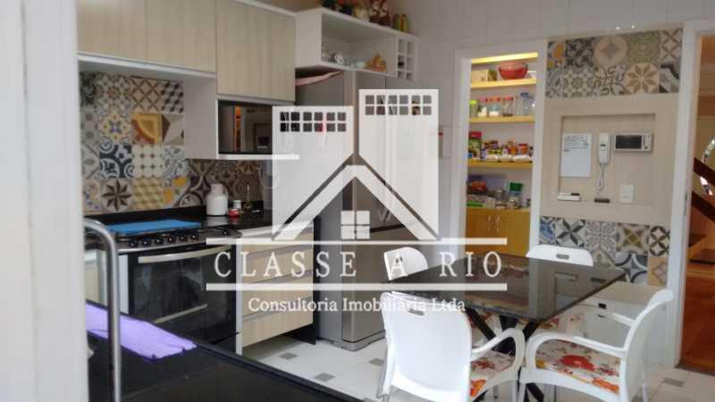 014 - Anil-Casa condominio, 4 quartos, 2 suites, Armários, Lazer, 4 vagas garagem - FRCN40018 - 15