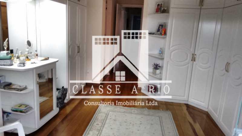 017 - Anil-Casa condominio, 4 quartos, 2 suites, Armários, Lazer, 4 vagas garagem - FRCN40018 - 18