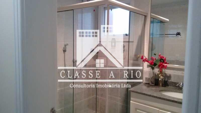 022 - Anil-Casa condominio, 4 quartos, 2 suites, Armários, Lazer, 4 vagas garagem - FRCN40018 - 23