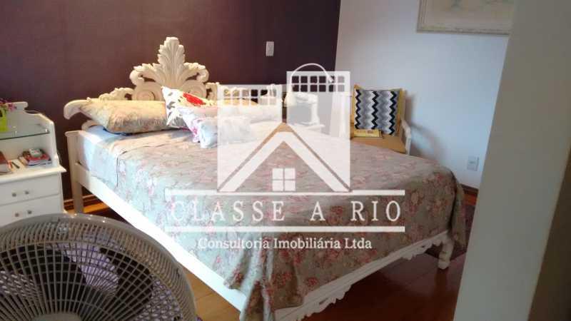 023 - Anil-Casa condominio, 4 quartos, 2 suites, Armários, Lazer, 4 vagas garagem - FRCN40018 - 24