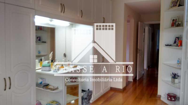 028 - Anil-Casa condominio, 4 quartos, 2 suites, Armários, Lazer, 4 vagas garagem - FRCN40018 - 29