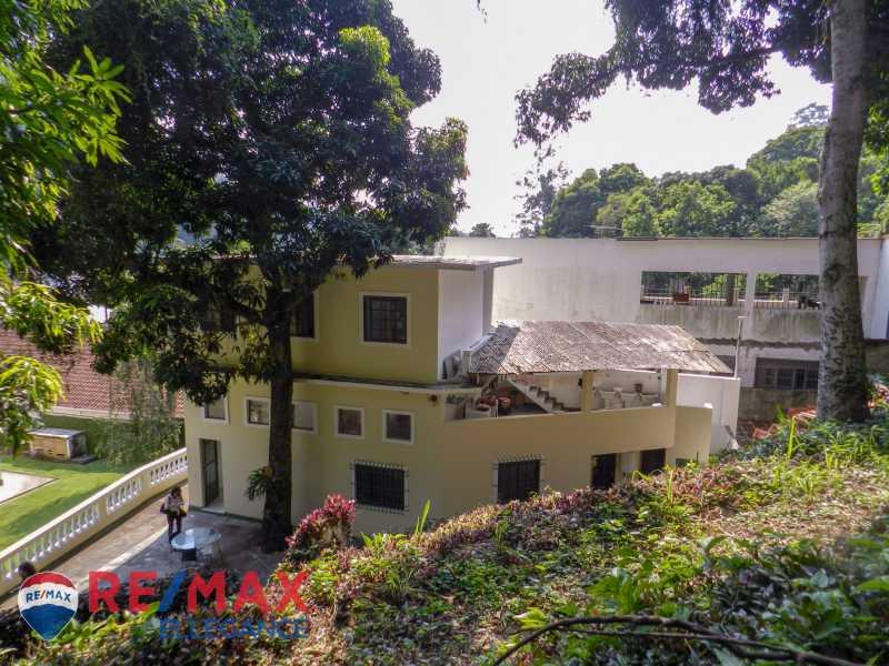 PSX_20200623_123348 - Casa no Cosme Velho, espaço e tranquilidade - RFCA60001 - 9