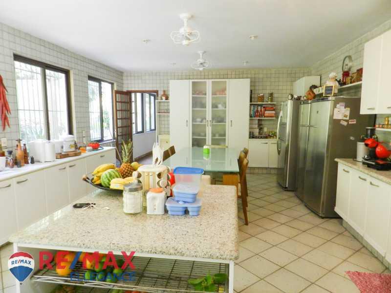 PSX_20200623_125239 - Casa no Cosme Velho, espaço e tranquilidade - RFCA60001 - 21