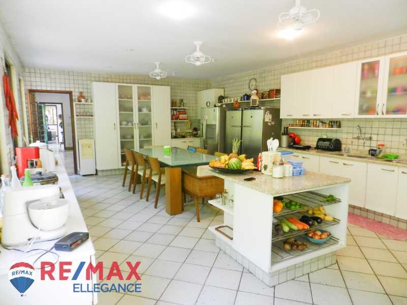 PSX_20200623_125433 - Casa no Cosme Velho, espaço e tranquilidade - RFCA60001 - 22