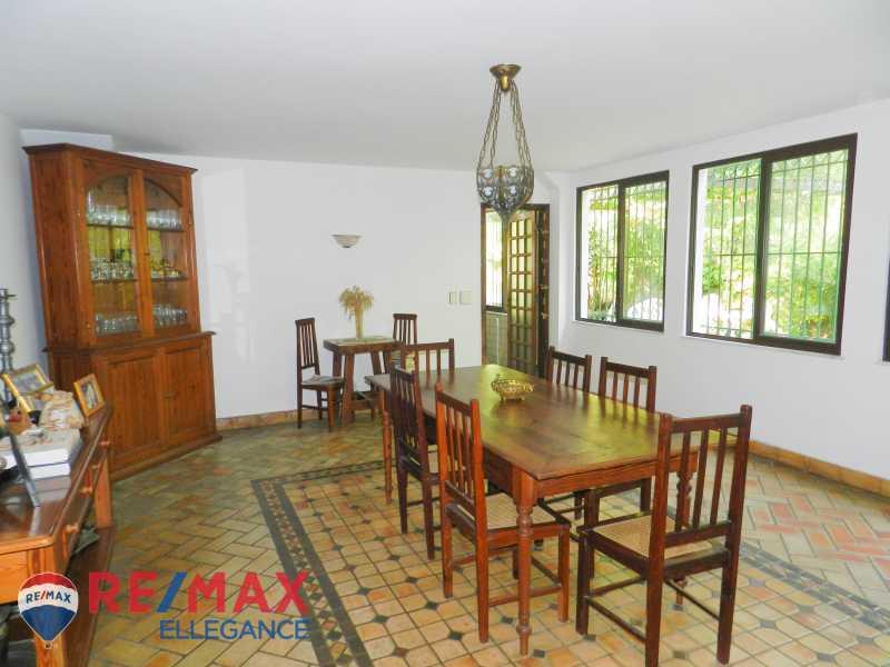 PSX_20200623_125801 - Casa no Cosme Velho, espaço e tranquilidade - RFCA60001 - 20