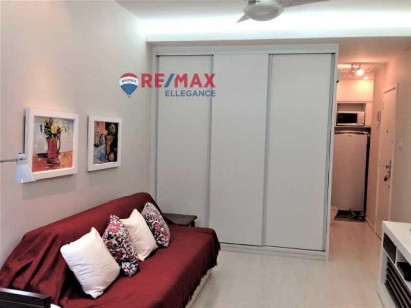 IMG_1243 - Loft à venda Avenida Atlântica,Rio de Janeiro,RJ - R$ 750.000 - RFLO10001 - 1