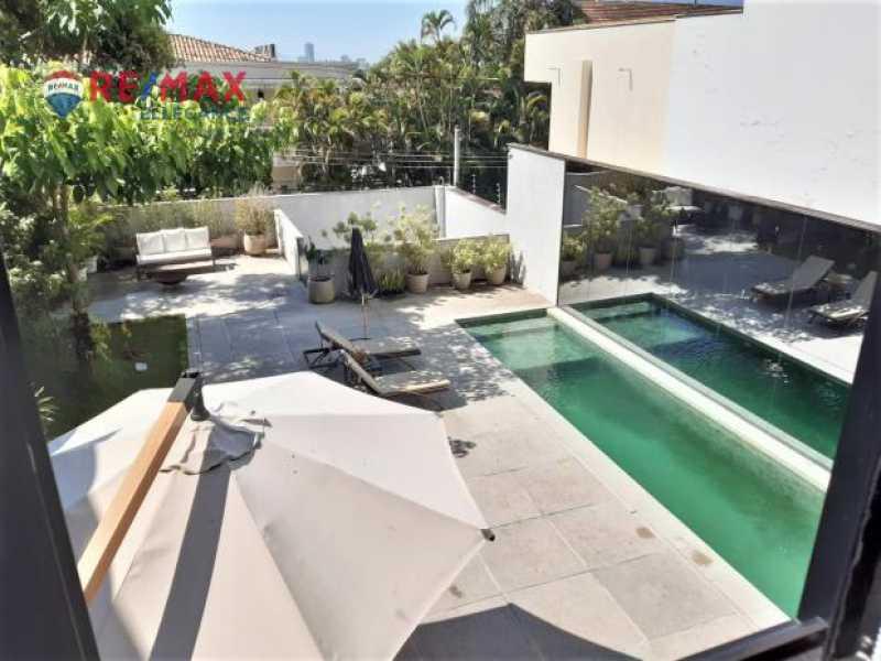 Piscina 1. - Casa Alto Jardim Botânico. 342,00 m² - RFCA10001 - 3
