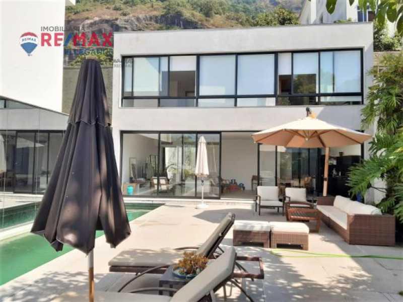 Piscina 2. - Casa Alto Jardim Botânico. 342,00 m² - RFCA10001 - 4