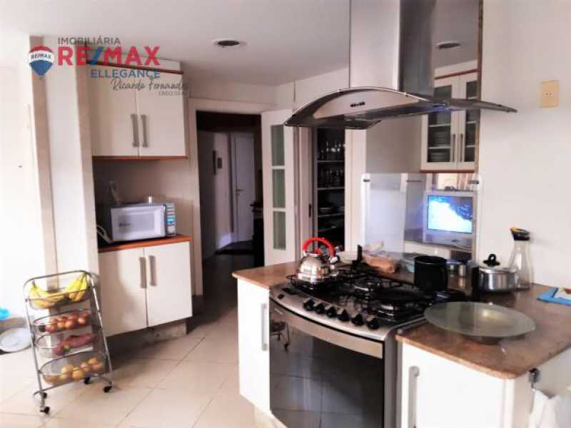 9. - Casa espetacular 5 suítes 699,00 m² - RFCA50001 - 9