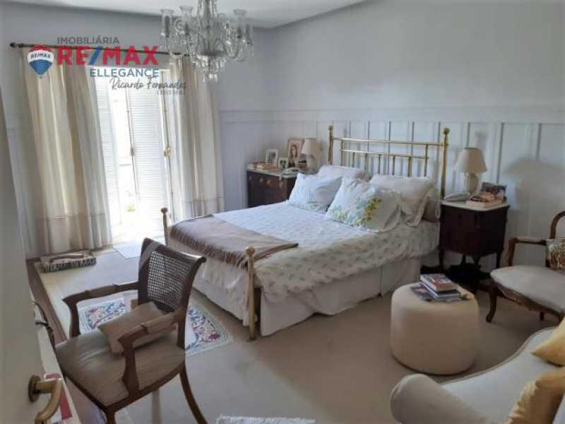 42. - Casa espetacular 5 suítes 699,00 m² - RFCA50001 - 14