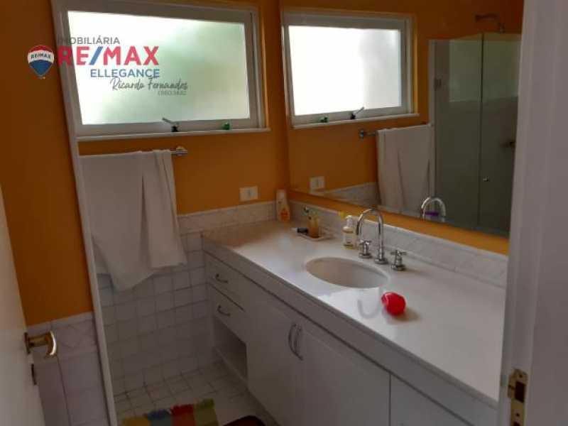 44 - Casa espetacular 5 suítes 699,00 m² - RFCA50001 - 18