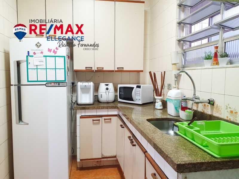 PSX_20210607_134645 - Apartamento à venda Avenida Rainha Elizabeth da Bélgica,Rio de Janeiro,RJ - R$ 1.150.000 - RFAP30050 - 20