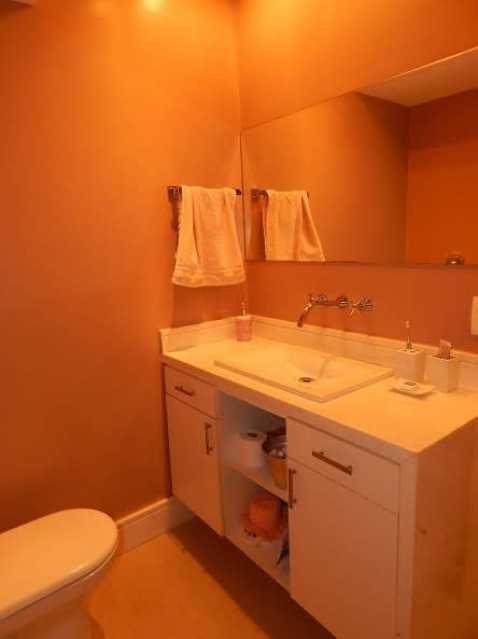 IMG-20181107-WA0038 - Vendo Apto Condomínio Terrazzas - 5 qts com dependência completa - Praia Barra da Tijuca - RDAP50001 - 16