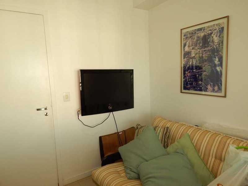 9 - 13 - Vendo ou Alugo Blue Vision 4 quartos com dependência completa - Todo Mobiliado - Barra da Tijuca - RDAP60001 - 25