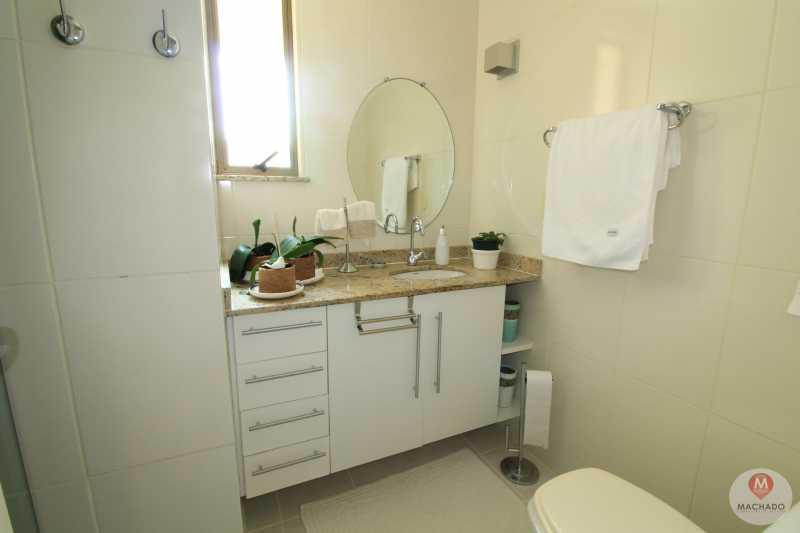 17 - Banheiro - APARTAMENTO À VENDA EM ARARUAMA - PARQUE HOTEL - AP-0056 - 18