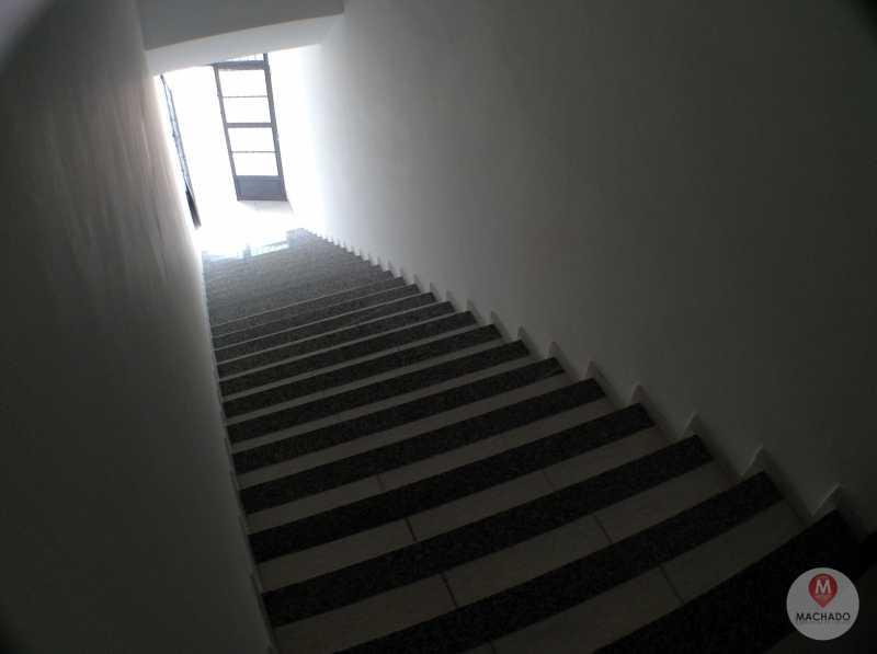 2 - Escada - APARTAMENTO À VENDA EM ARARUAMA - IGUABINHA - AP-0044 - 3