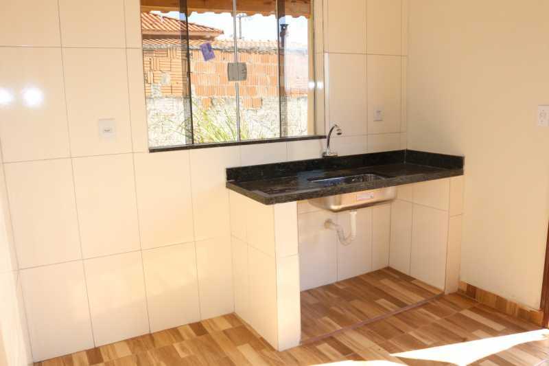 IMG_7943 - Casa 2 quartos para alugar Vila Nova, Campos Gerais - R$ 450 - MTCA20062 - 7
