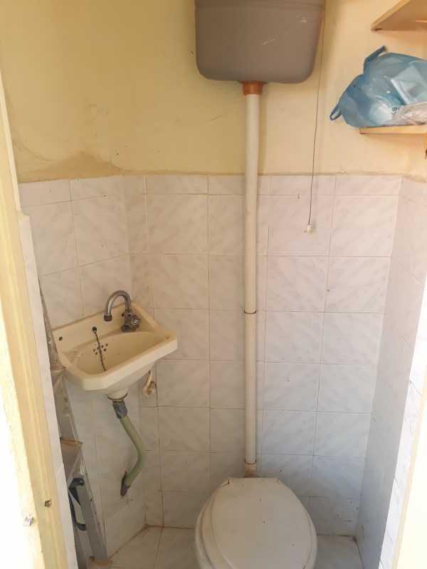 Banheiro de serviço - Apartamento 2 quartos para alugar Abolição, Rio de Janeiro - R$ 750 - DBAP20002 - 14