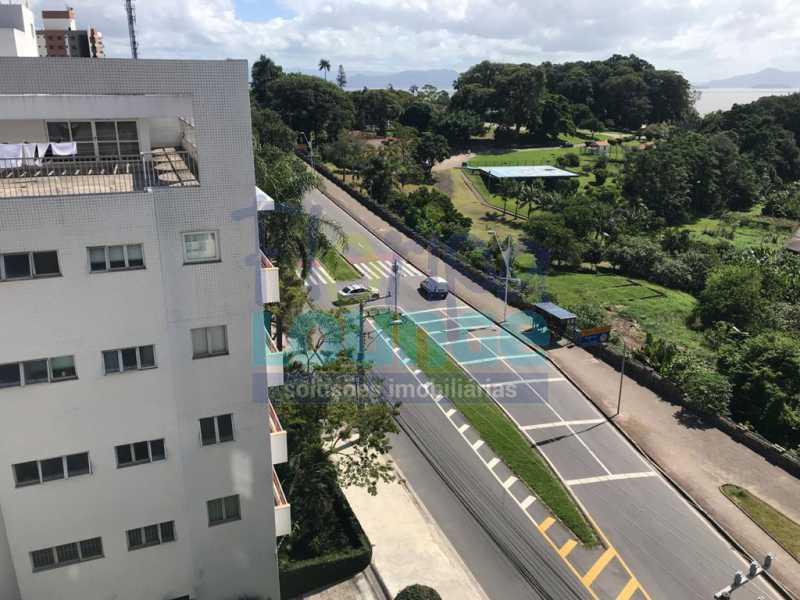 VISTA - Apartamento À venda no bairro Agronômica em Florianópolis, com 3 dormitórios suítes - AGR3AP 2073 - 7