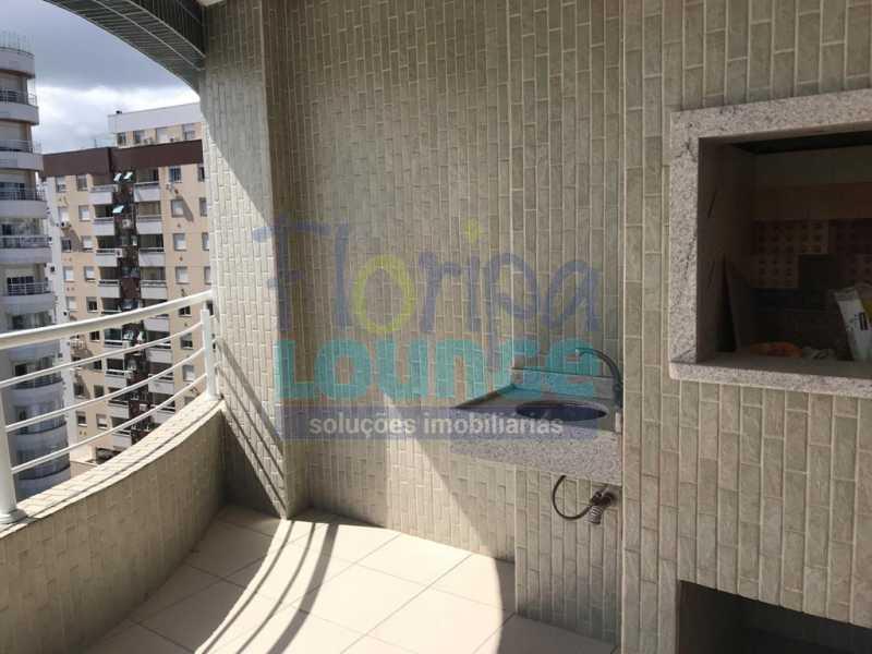 SACADA COM CHURRASQUEIRA - Apartamento À venda no bairro Agronômica em Florianópolis, com 3 dormitórios suítes - AGR3AP 2073 - 15