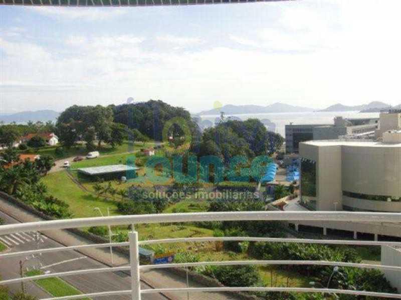 SACADA - Apartamento À venda no bairro Agronômica em Florianópolis, com 3 dormitórios suítes - AGR3AP 2073 - 26