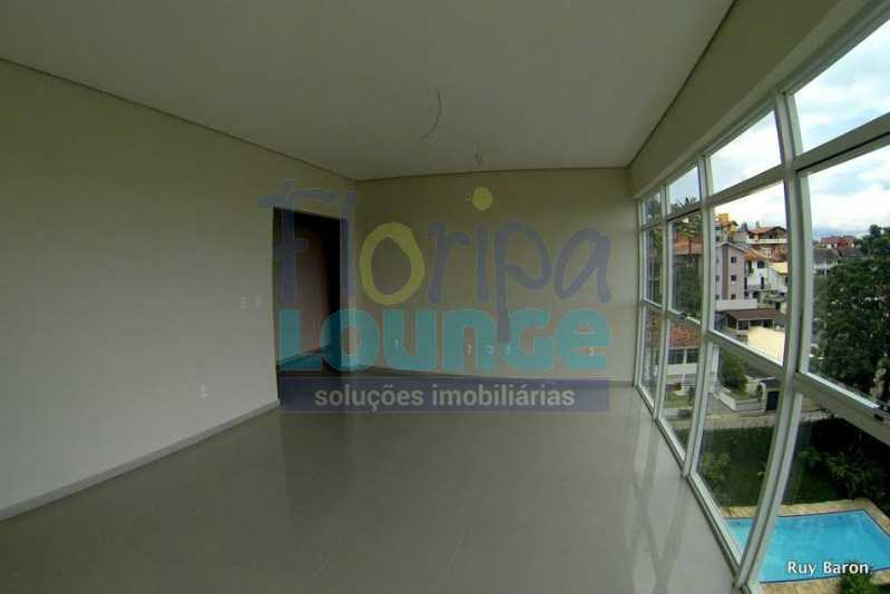 SALA - Apartamento À venda no bairro Agronômica em Florianópolis, com 3 dormitórios suítes - AGR3AP 2073 - 29