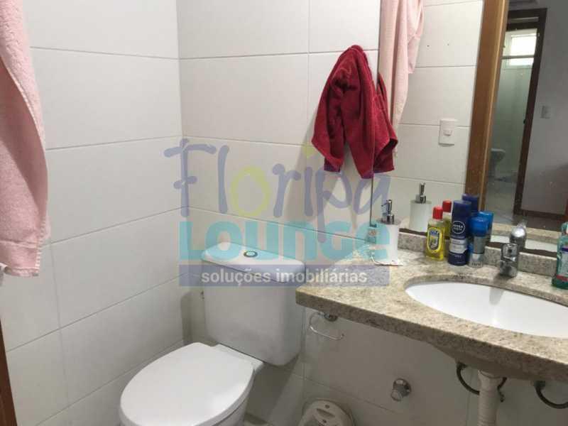 WC suíte - Excelente localização - AGR2AP2109 - 14