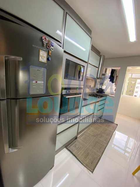 Cozinha - Apartamento no Centro com 3 dormitórios, sendo 2 suítes - CEN3AP2191 - 11