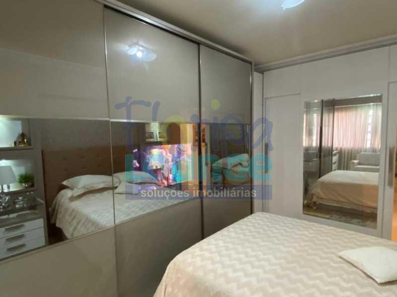 Dormitório - Apartamento no Centro com 3 dormitórios, sendo 2 suítes - CEN3AP2191 - 24