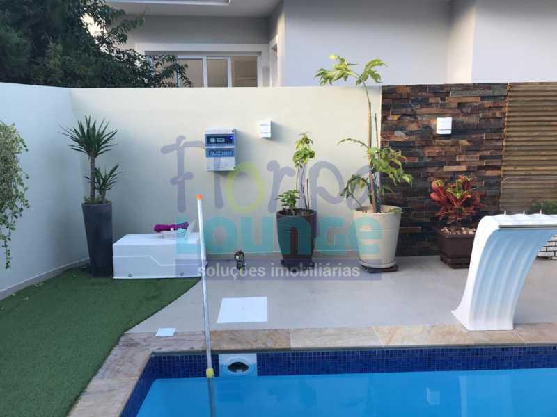 Piscina - Casa em condomínio fechado À venda no bairro Saco Grande, com 4 dormitórios. - SG4CC2197 - 5