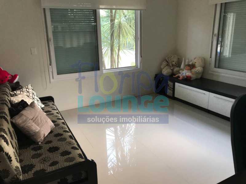Escritório - Casa em condomínio fechado À venda no bairro Saco Grande, com 4 dormitórios. - SG4CC2197 - 10