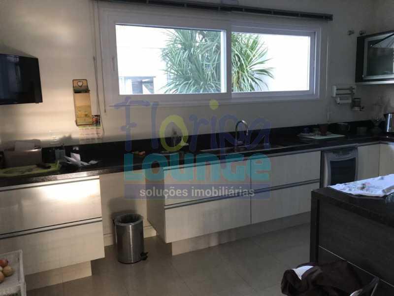 Cozinha - Casa em condomínio fechado À venda no bairro Saco Grande, com 4 dormitórios. - SG4CC2197 - 17