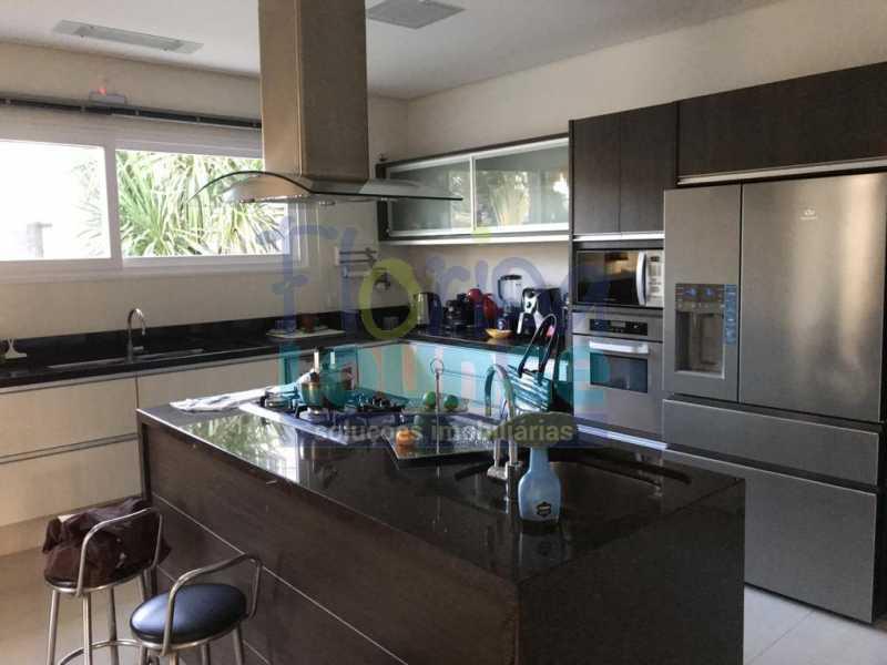 Cozinha  com Ilha - Casa em condomínio fechado À venda no bairro Saco Grande, com 4 dormitórios. - SG4CC2197 - 19