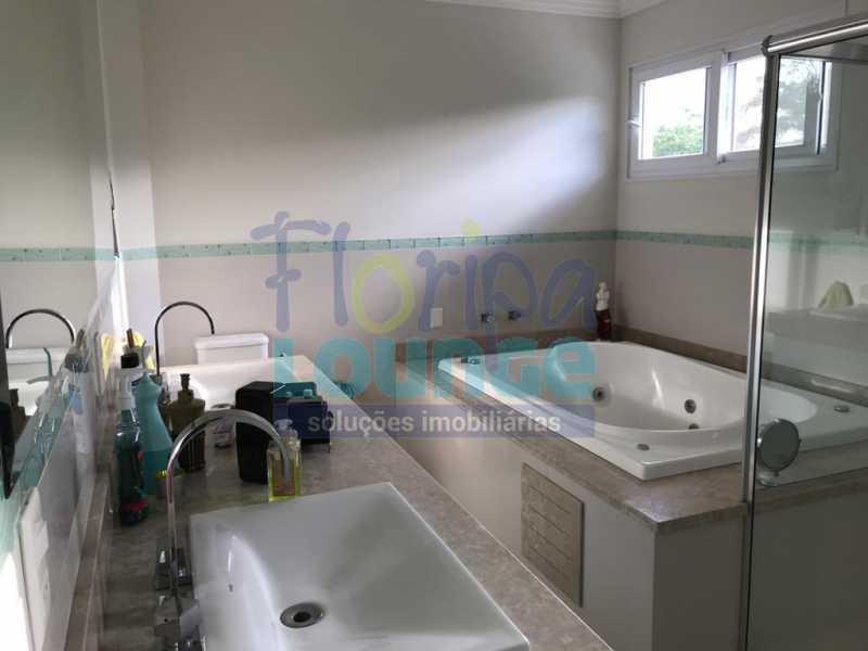 Banheiro da suíte - Casa em condomínio fechado À venda no bairro Saco Grande, com 4 dormitórios. - SG4CC2197 - 23
