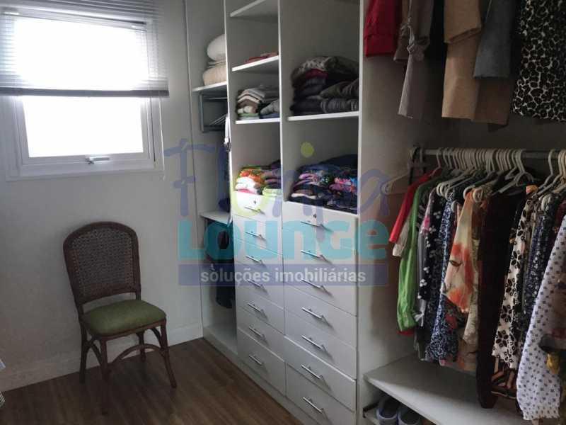 Closed da Suíte - Casa em condomínio fechado À venda no bairro Saco Grande, com 4 dormitórios. - SG4CC2197 - 25