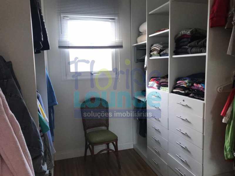 Closed da Suíte - Casa em condomínio fechado À venda no bairro Saco Grande, com 4 dormitórios. - SG4CC2197 - 26