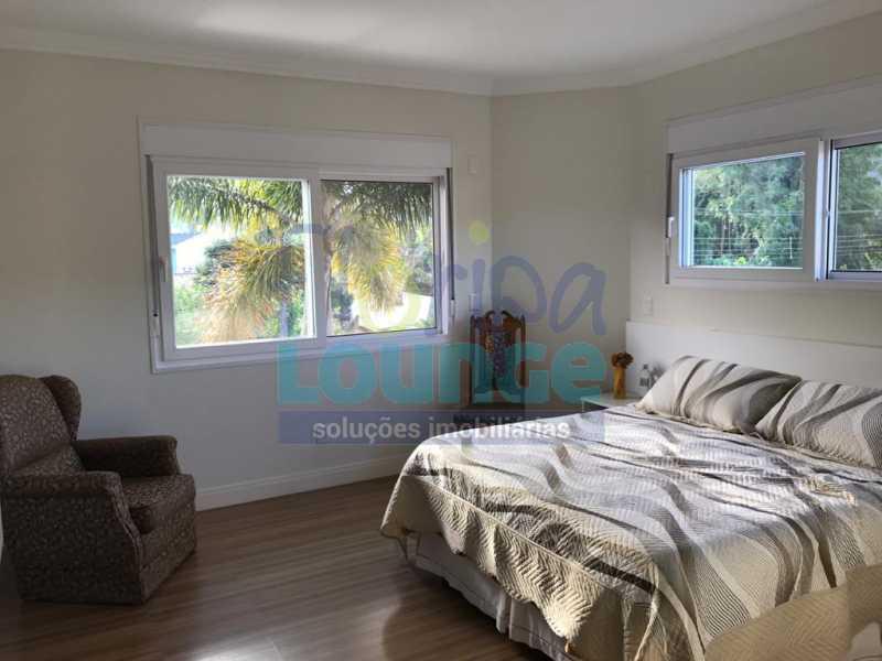 Dormitório da Suíte - Casa em condomínio fechado À venda no bairro Saco Grande, com 4 dormitórios. - SG4CC2197 - 27