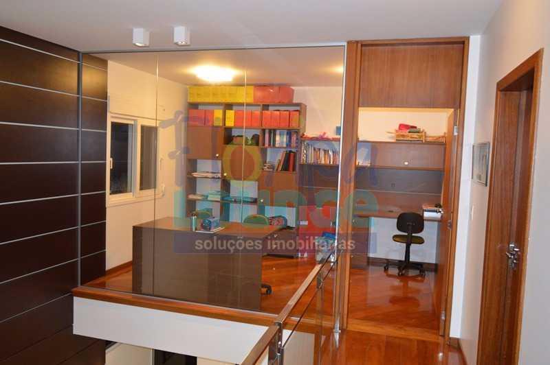 HALL SUPERIOR - Casa À venda no Condomínio Village Club, bairro Saco Grande com 3 suítes - SGRCC2207 - 9