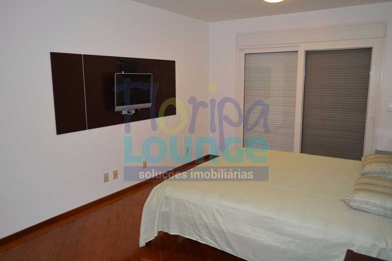 SUÍTE - Casa À venda no Condomínio Village Club, bairro Saco Grande com 3 suítes - SGRCC2207 - 12