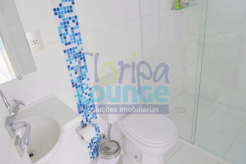 LAVABO - Casa À venda no Condomínio Village Club, bairro Saco Grande com 3 suítes - SGRCC2207 - 21
