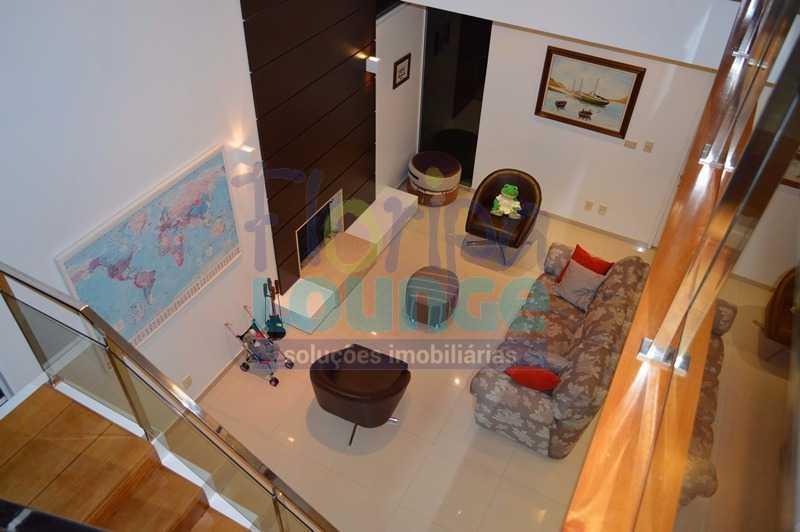 VISTA DE CIMA DA SALA - Casa À venda no Condomínio Village Club, bairro Saco Grande com 3 suítes - SGRCC2207 - 1