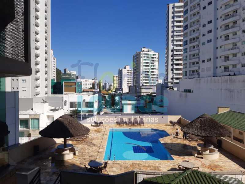 PISCINA - Apartamento no Bairro Fazenda em Itajaí com 3 suítes - ITJ3AP2212 - 24