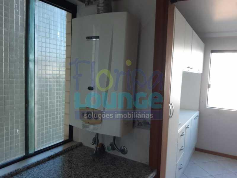 ÁREA DE SERVIÇO - Apartamento no Bairro Fazenda em Itajaí com 3 suítes - ITJ3AP2212 - 21