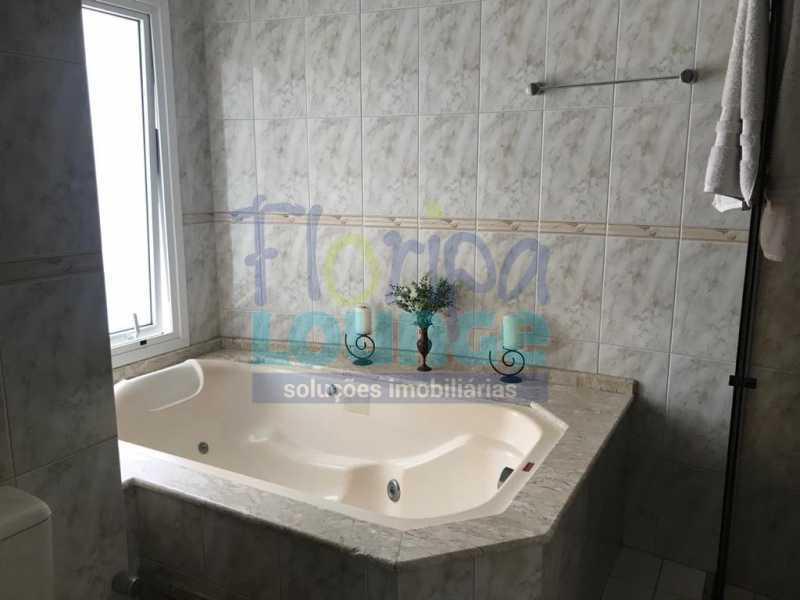 BANHEIRO DA SUÍTE - Casa em condomínio em cacupé com 5 suítes - CACCC2216 - 13