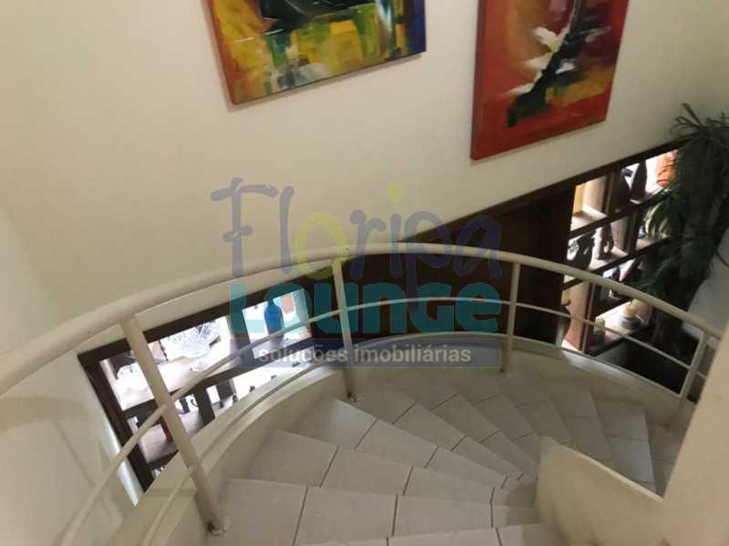 ESCADA - Casa em condomínio em cacupé com 5 suítes - CACCC2216 - 14