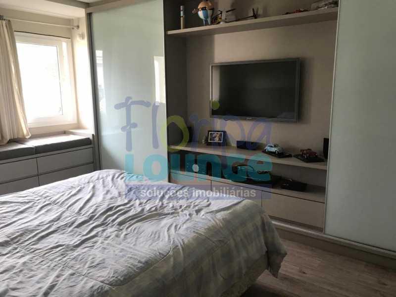 SUÍTE - Casa em condomínio em cacupé com 5 suítes - CACCC2216 - 20