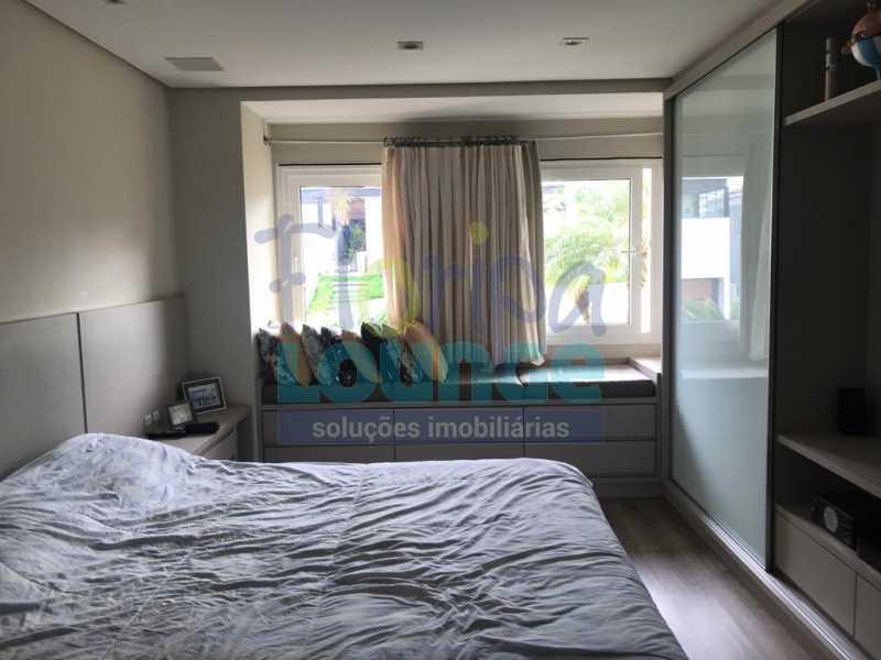 SUÍTE DE BAIXO - Casa em condomínio em cacupé com 5 suítes - CACCC2216 - 9