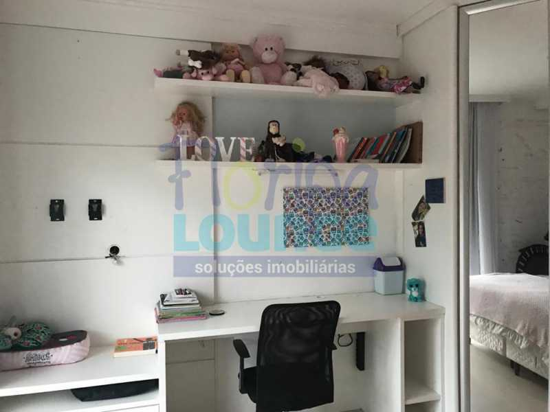 SUÍTE - Casa em condomínio em cacupé com 5 suítes - CACCC2216 - 25